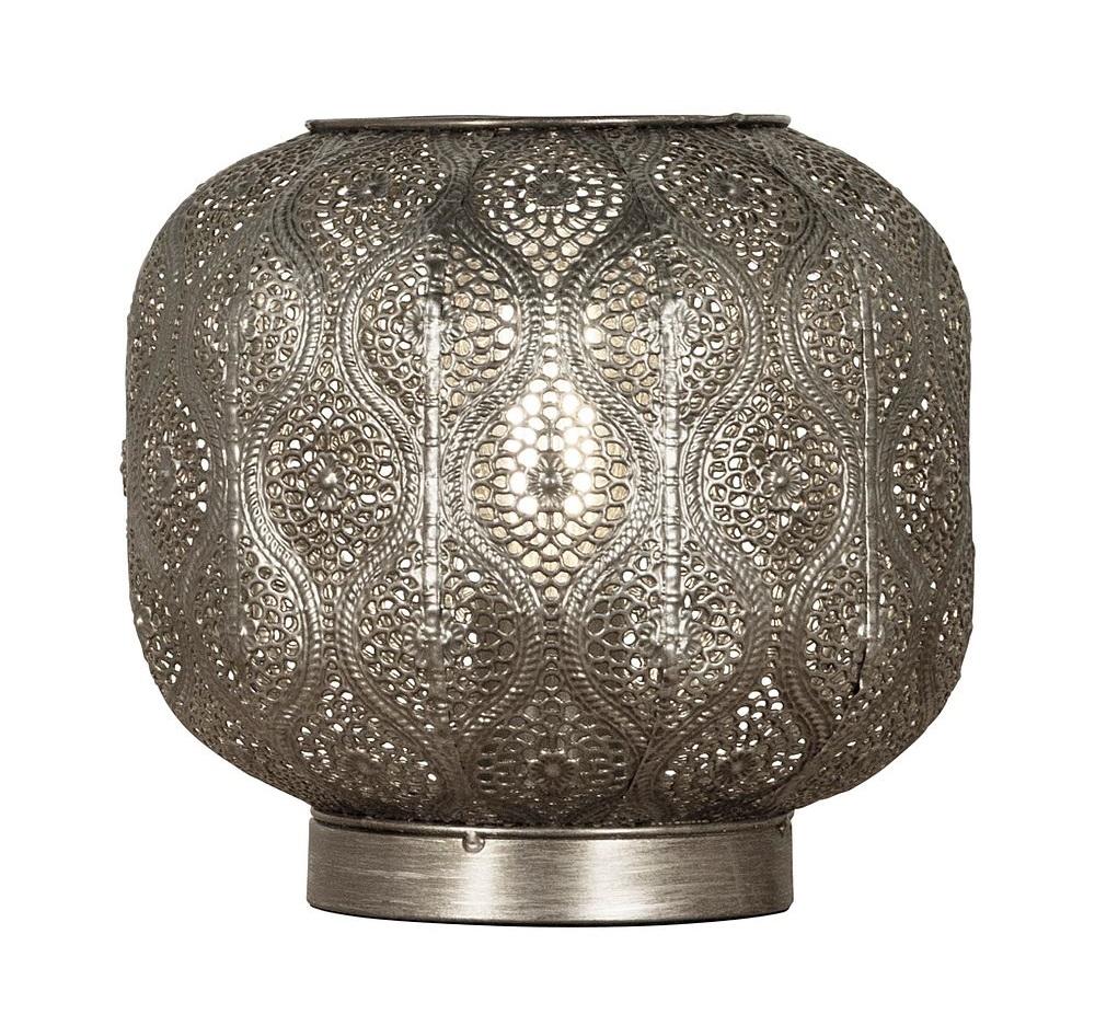 Vakre Orientalske lamper med vakkert lys