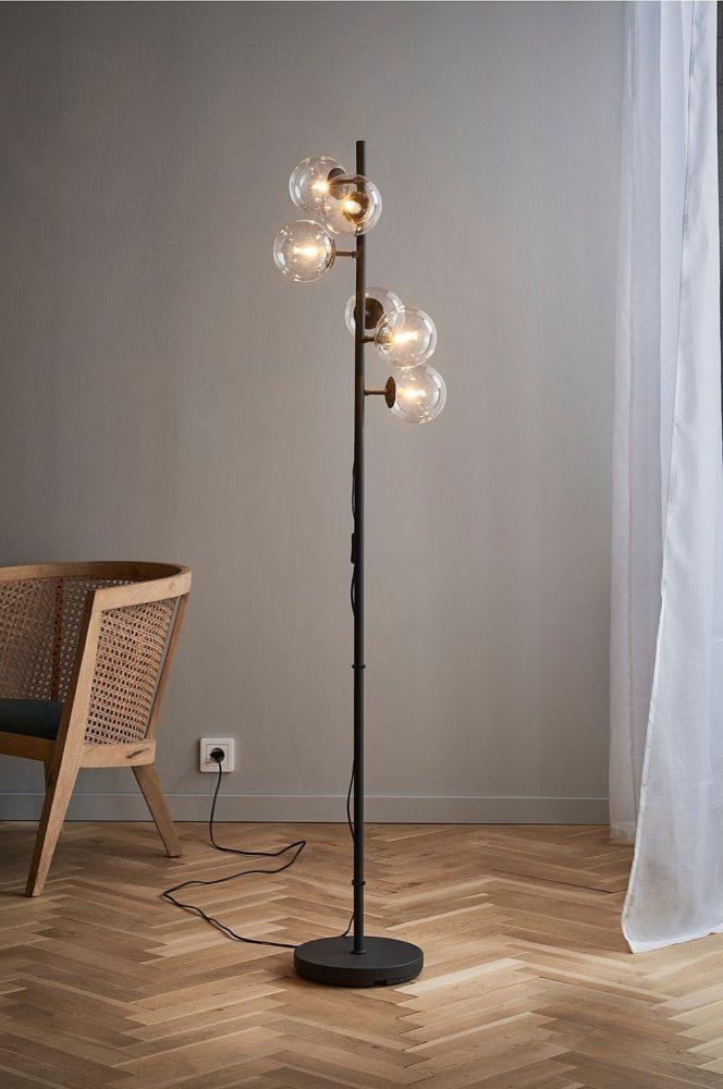Vakre Gulvlamper med flere armer, pærer og lys