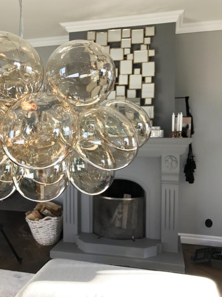 Gross lampe fra By Rydens Lekker glasskule lampe